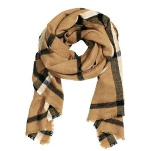 2/$30 h&m blanket scarf tan black winter warm